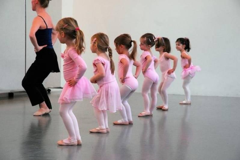 Academia com Aula de Ballet Infantil Preço Paulínia - Academia com Aula de Zumba