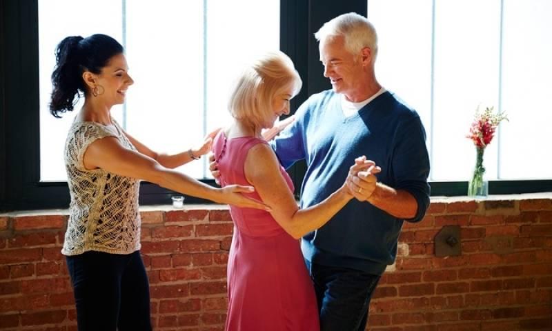 Aula de Dança para Casal Preço Barão Geraldo - Academia com Aula de Zumba