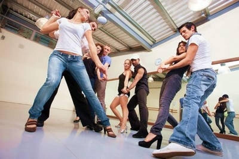 Aula para Dança de Salão Preço Campinas - Aula de Dança para Emagrecer