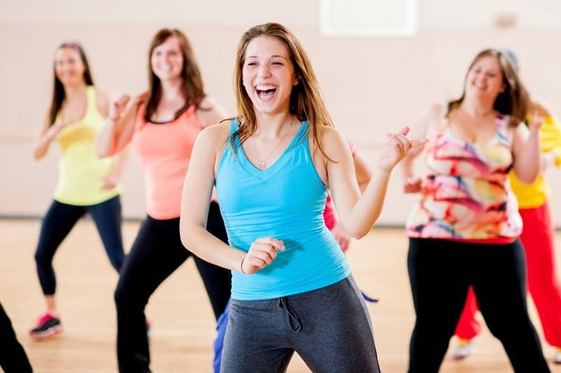 Aula para Dançar Zumba Preço Paulínia - Academia com Aula de Dança de Salão