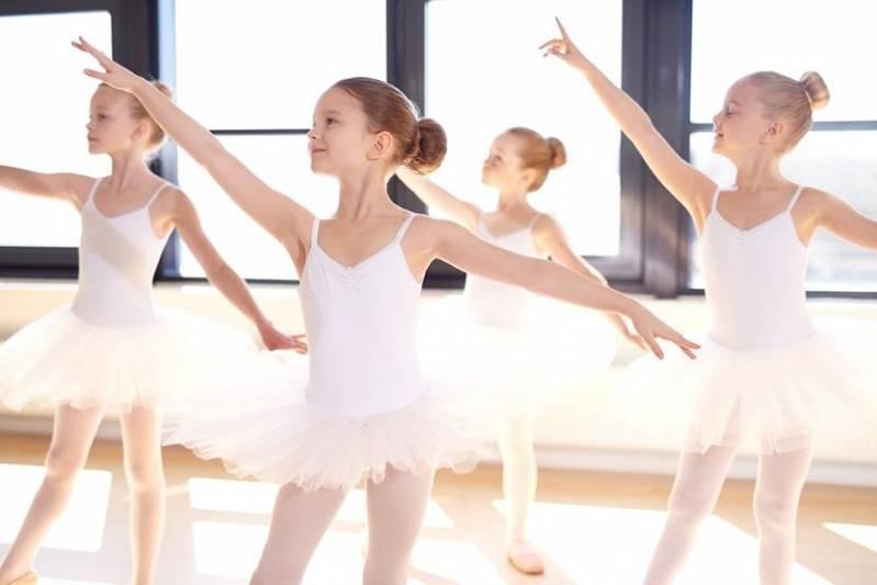 Onde Encontrar Academia com Aula de Ballet Paulínia - Academia com Aula de Dança de Salão