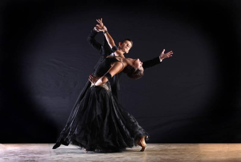 Onde Encontrar Aula de Dança de Salão em Academia Paulínia - Academia com Aula de Zumba