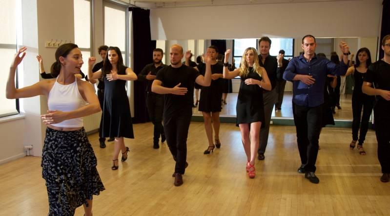 Onde Encontrar Aula de Dança para Iniciante Campinas - Academia com Aula de Dança de Salão