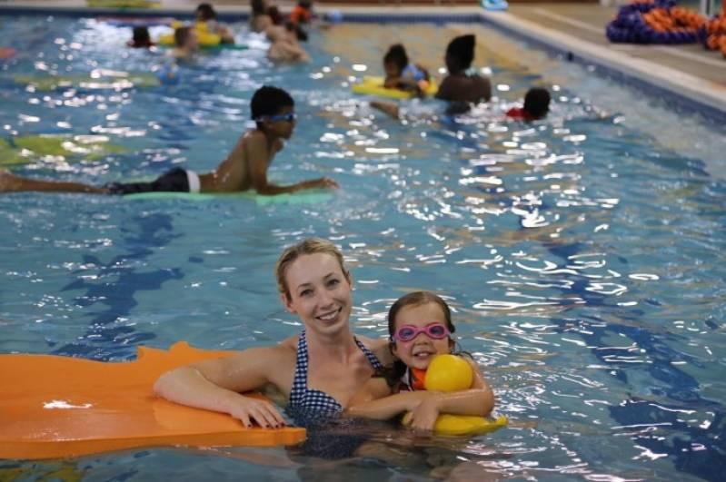 onde encontro aula de natação para bebê Paulínia