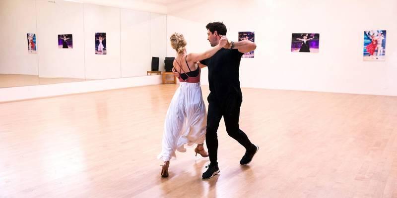 Onde Encontro Aula para Dança de Salão Campinas - Academia com Aula de Zumba