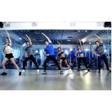 aula de ginástica na academia Paulínia